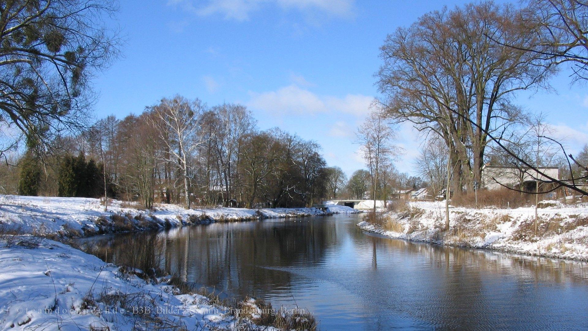 Der Finowkanal an einem sonnigen Wintermorgen