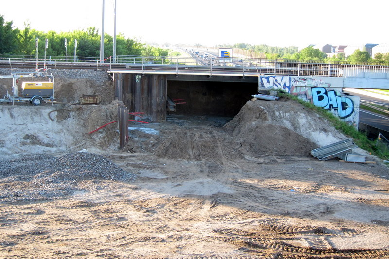 Brückenbaustelle A10 / S-Bahn