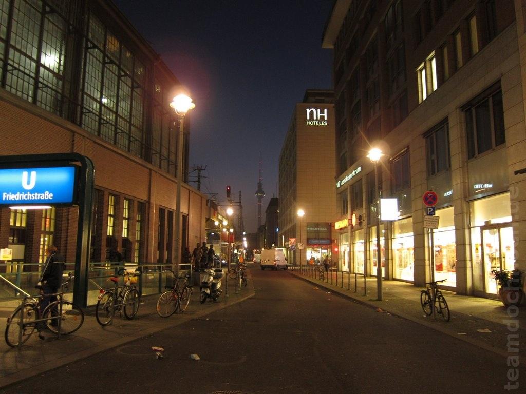 Berlin am Bahnhof Friedrichstraße