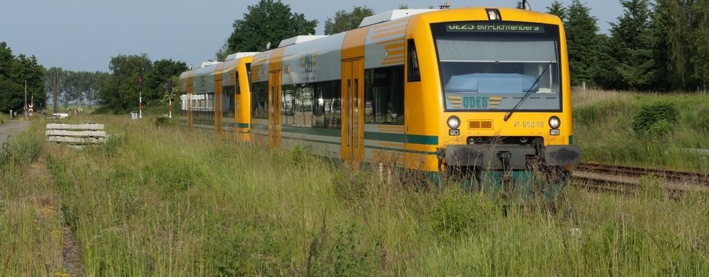 Morgens in Werneuchen: ODEG VT 650.70