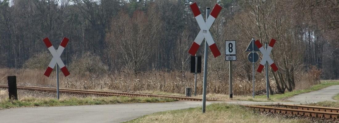 Bahnübergang südlich von Wusterhausen/Dosse