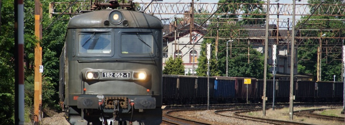 182 052-1 in Czerwieńsk