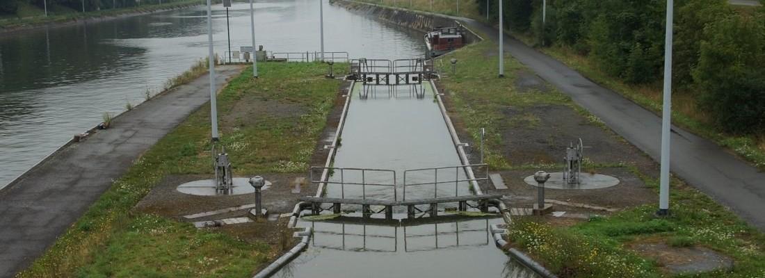 Schleuse Nr. 28 des Kanal Charleroi-Brüssel