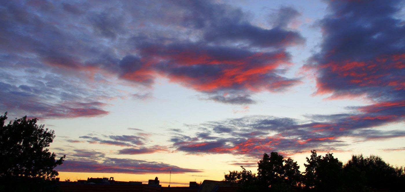 Abendhimmel über Berlin-Pankow