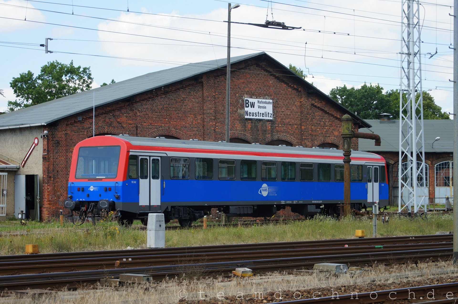 VB 240 der HANS in Neustrelitz