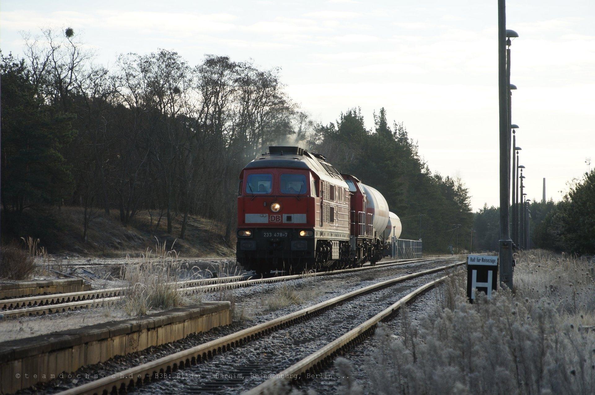233 478-7 und 298 328-6 erreichen Milmersdorf