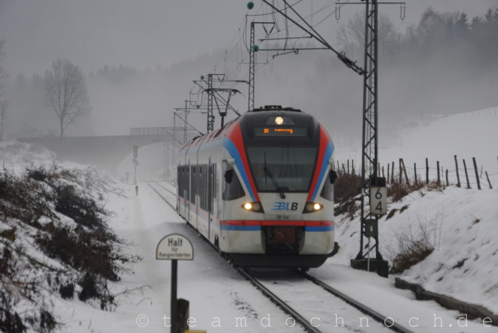 BLB VT 134 bei Einfahrt in den Bahnhof Hammerau