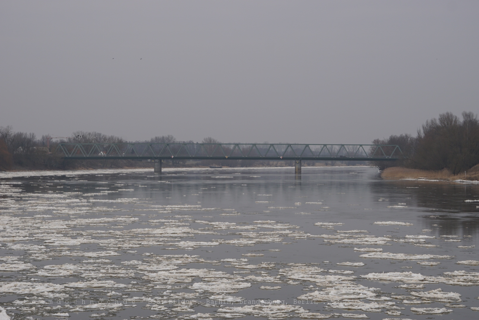 Straßenbrücke Hohenwutzen über die Oder