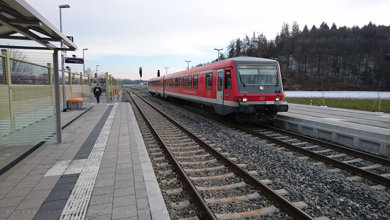 628 / 928 646 in Tüßling auf dem Weg nach Rosenheim