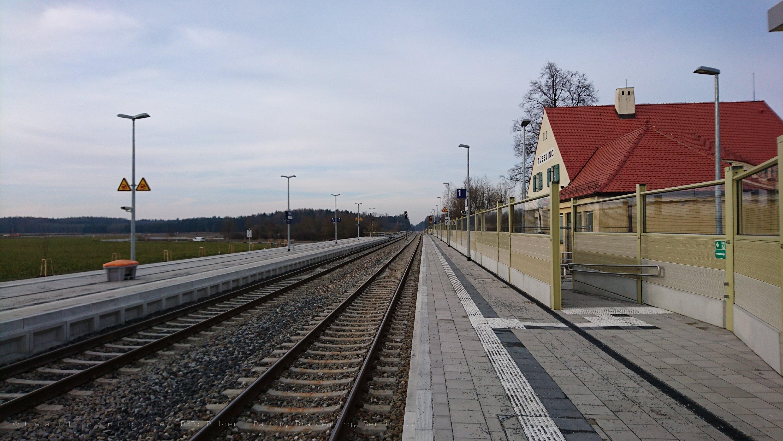 Bahnhof Tüßling glattsaniert
