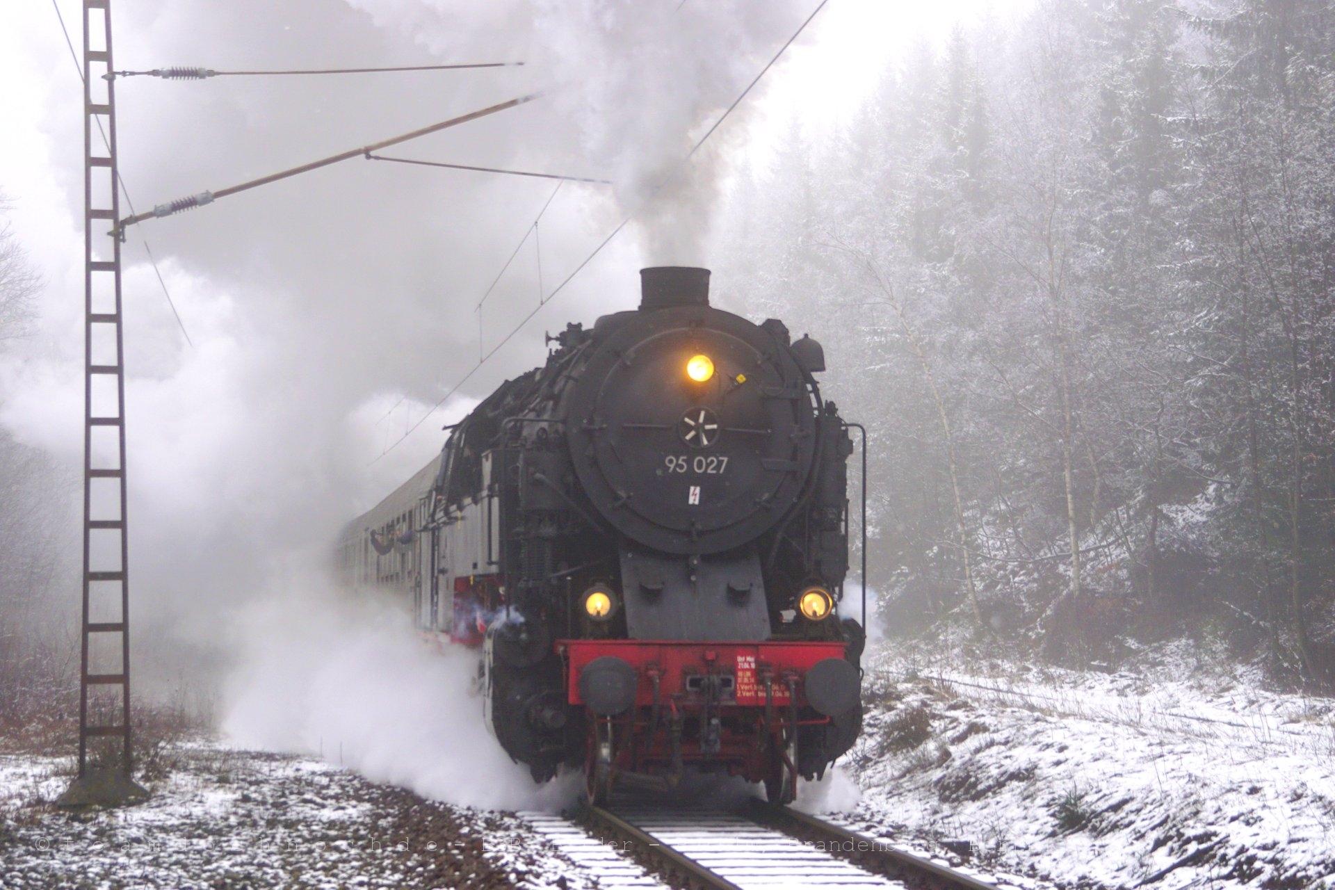 Auf Sonderfahrt mit 95 027 im verschneiten Teil des Harzes