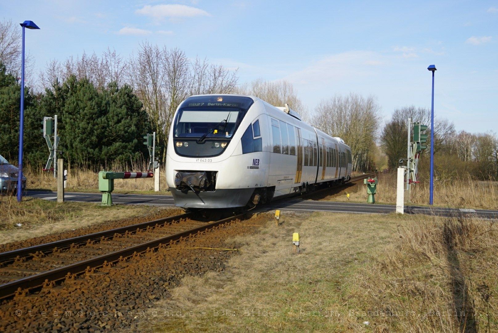 NEB VT 643.03 am Bahnübergang Hobrechtsfelder Chaussee