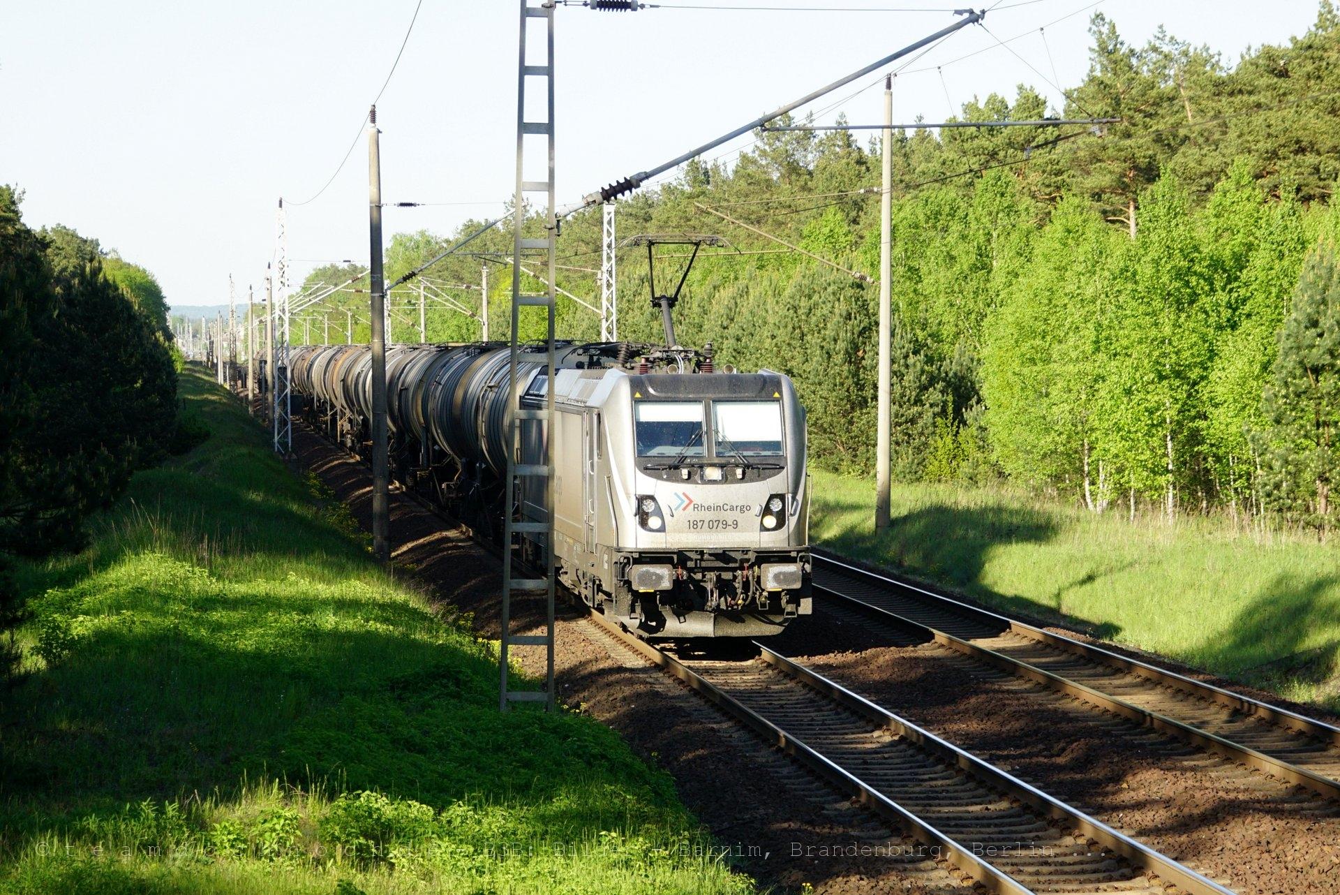 RheinCargo 187 079-9 am ehemaligen Bahnübergang Spechthausen