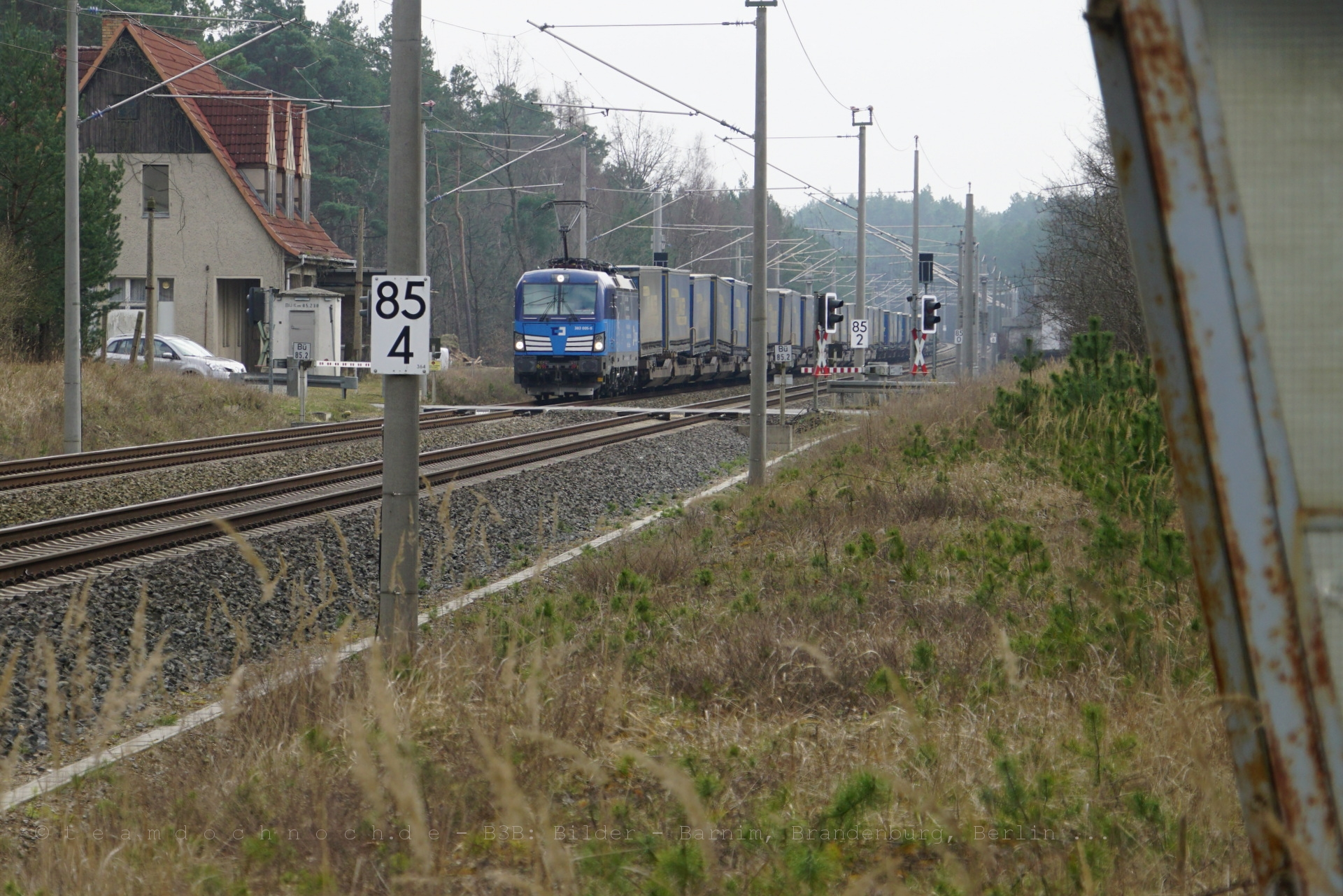 383 005-6 ČD Cargo mit dem Walter-Zug nach Norden