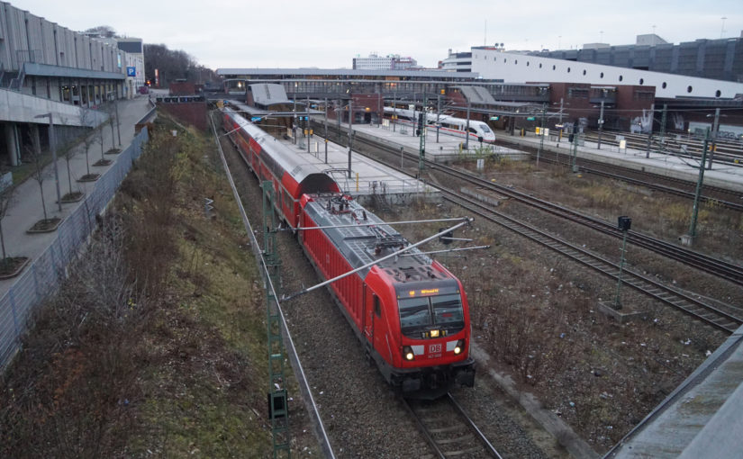 147 008 als FEX verläßt den Bahnhof Gesundbrunnen