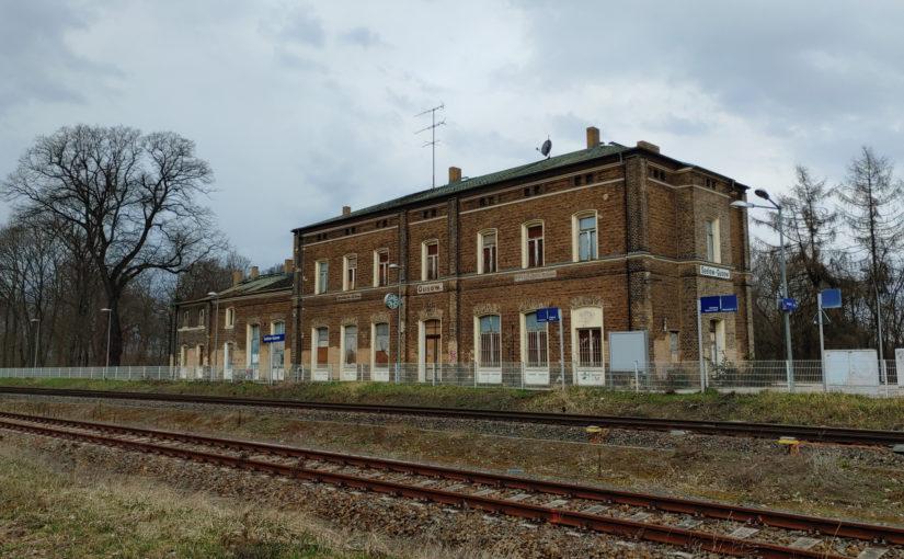 Empfangsgebäude Bahnhof Gusow