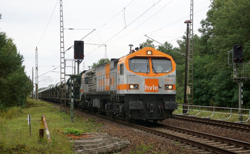 HVLE V330.3 südlich von Rüdnitz