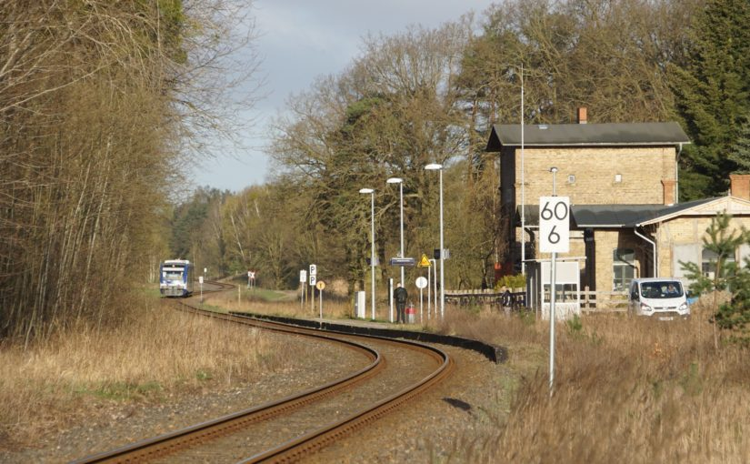VT005 der NEB in Althüttendorf