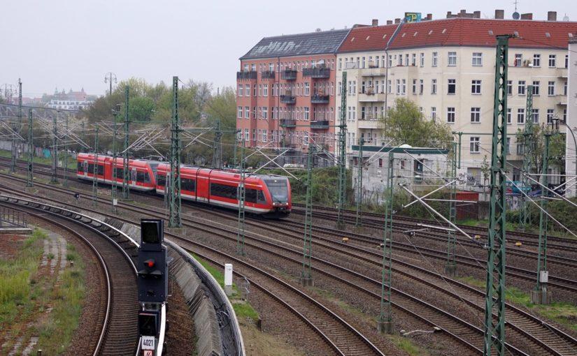 RE66 kurz vor dem Bahnhof Berlin Gesundbrunnen