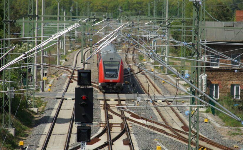 112 117-7 mit dem RE5 in Löwenberg (Mark)
