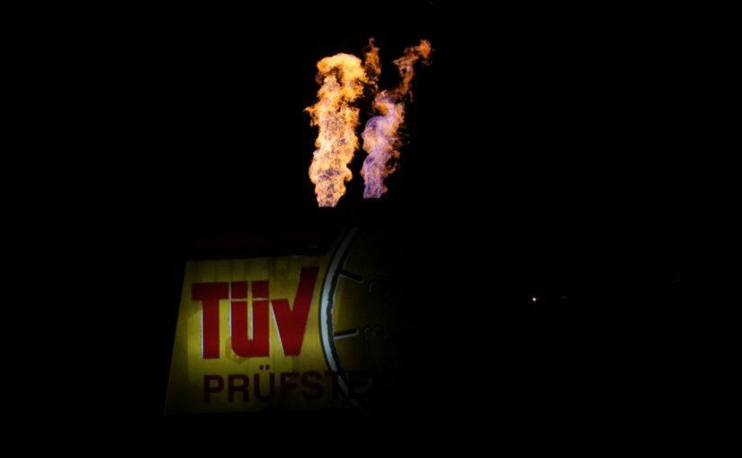 TÜV in Flammen