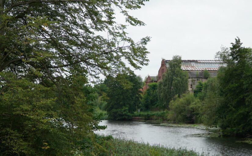Das Kraftwerk am Finowkanal, gesehen von der Südseite