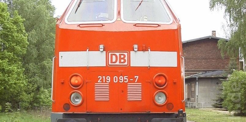 219 095-7 in Wensickendorf