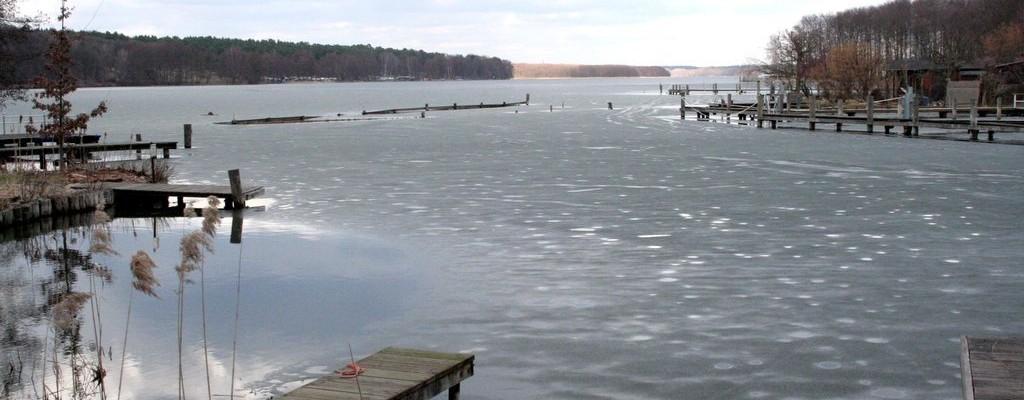 Der schönste See der Welt weiter erstarrt