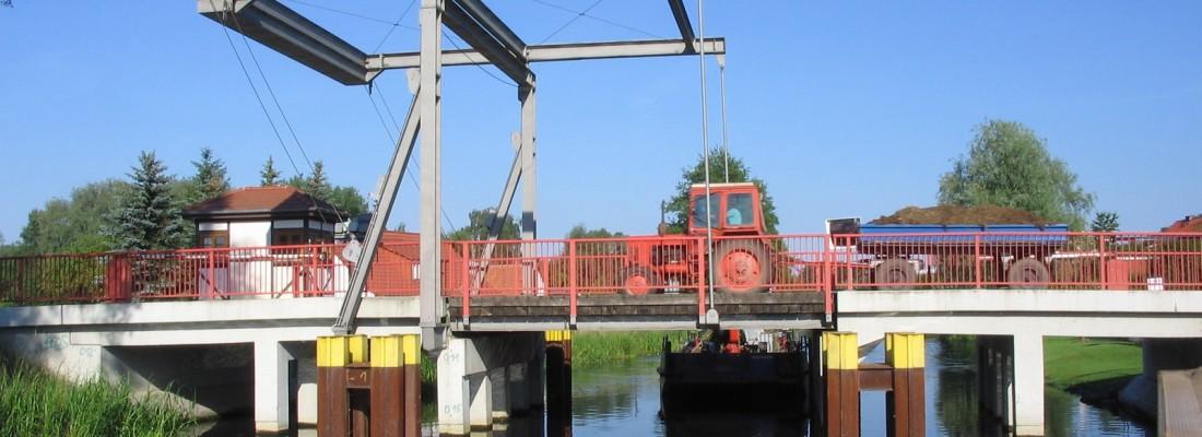 Klappbrücke in Niederfinow