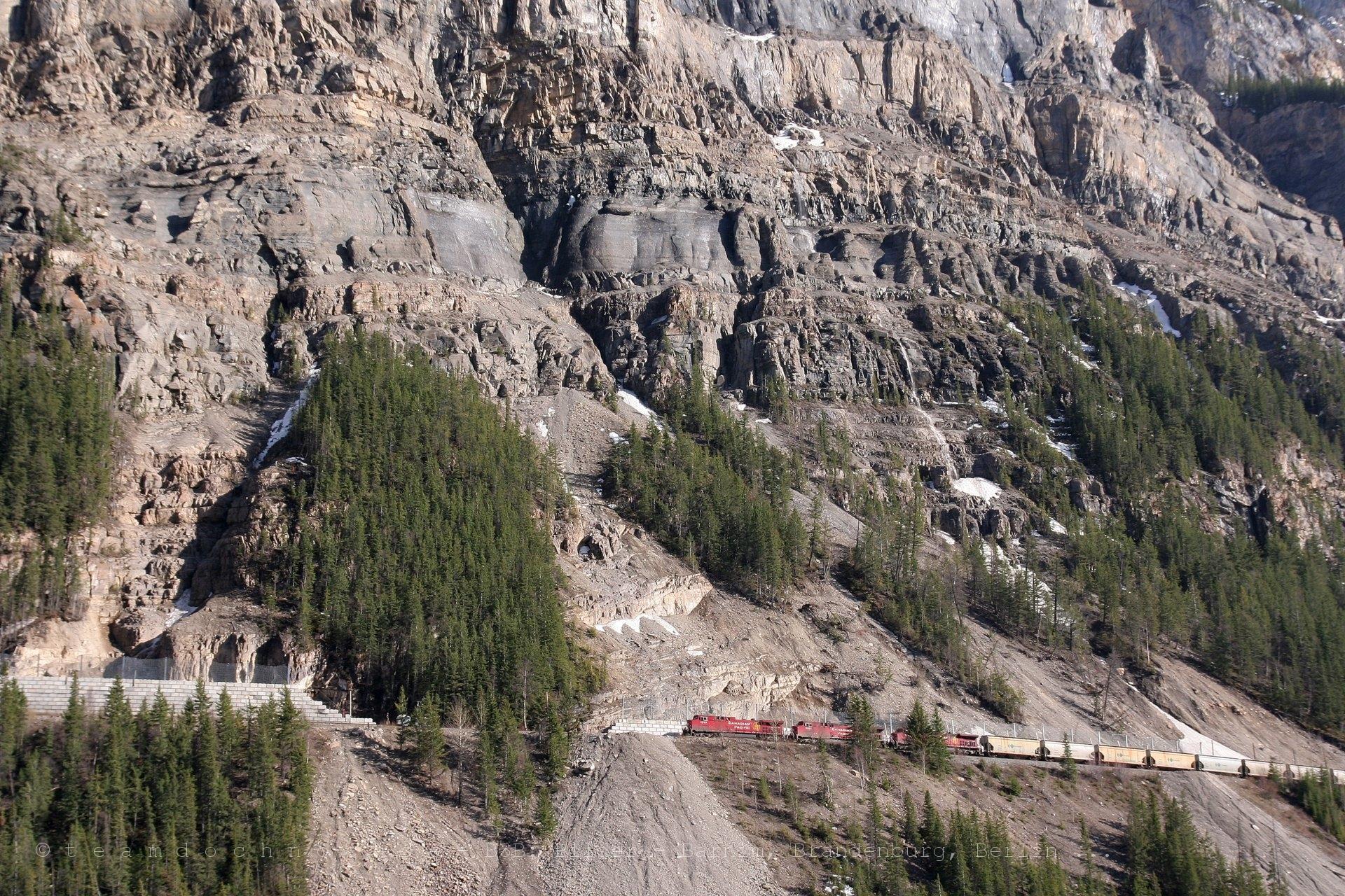 Ein Canadian Pacific Dreier auf dem Weg zum Kicking Horse Pass