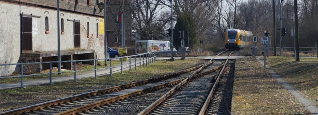VT 646.045 der ODEG bei Einfahrt in den Bahnhof Pritzerbe