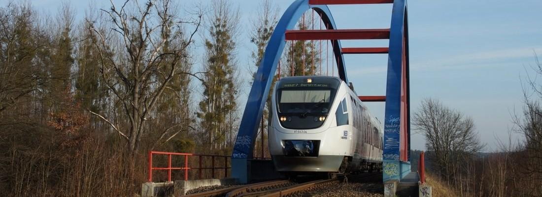 VT 643.04 über dem Oder-Havel-Kanal