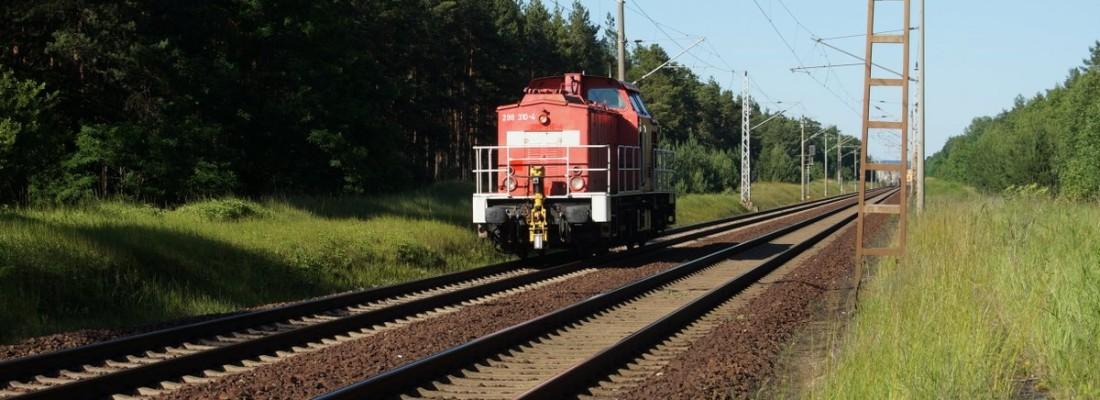 298 310-4 am ehemaligen Bahnübergang von Spechthausen Richtung Brandenburgisches Viertel/Spechthausener Straße