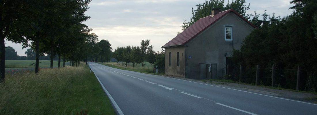 Chausseehaus an der B109 bei Diedrichshagen