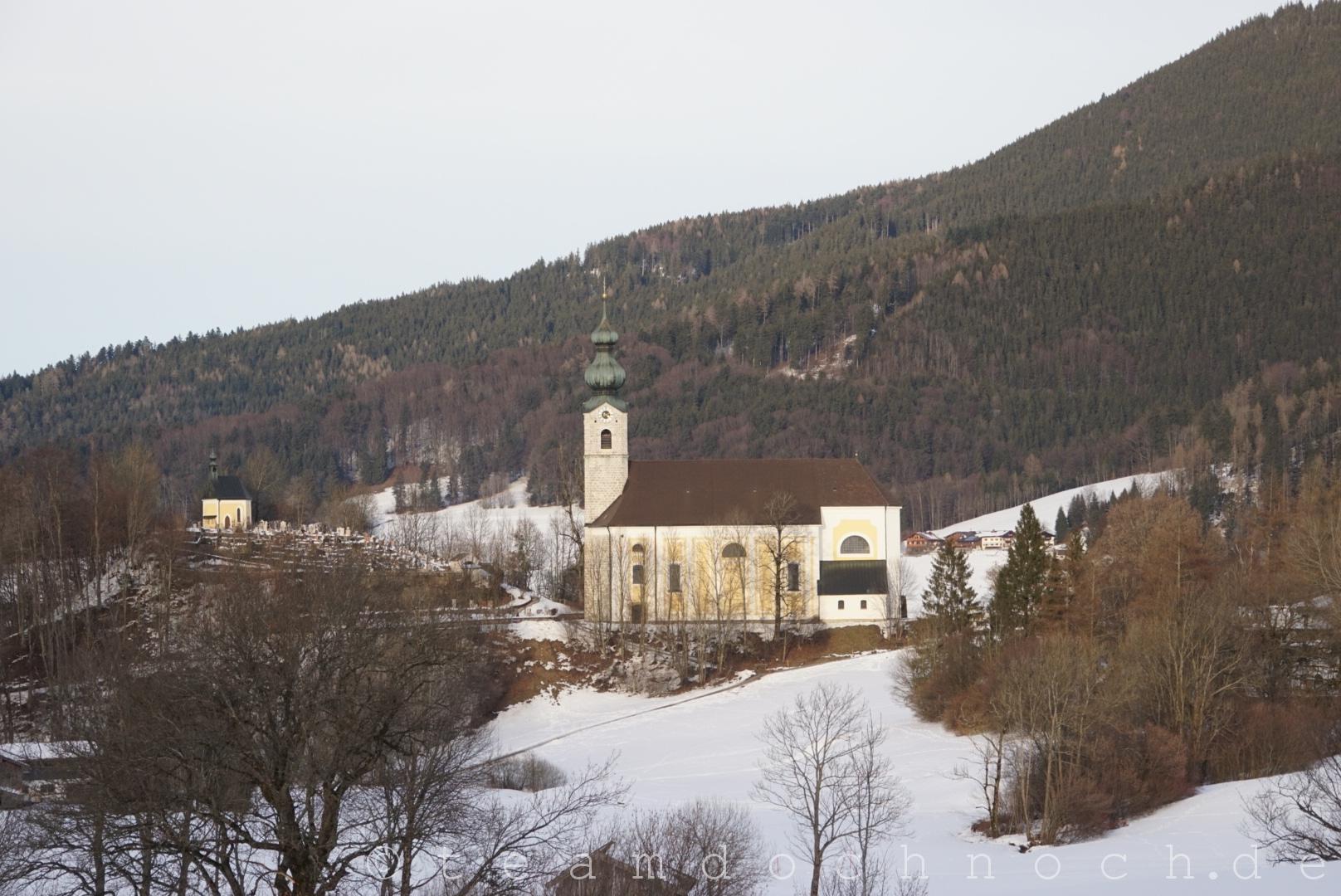 Die Kirche von Ruhpolding, heute mit etwas Sonne