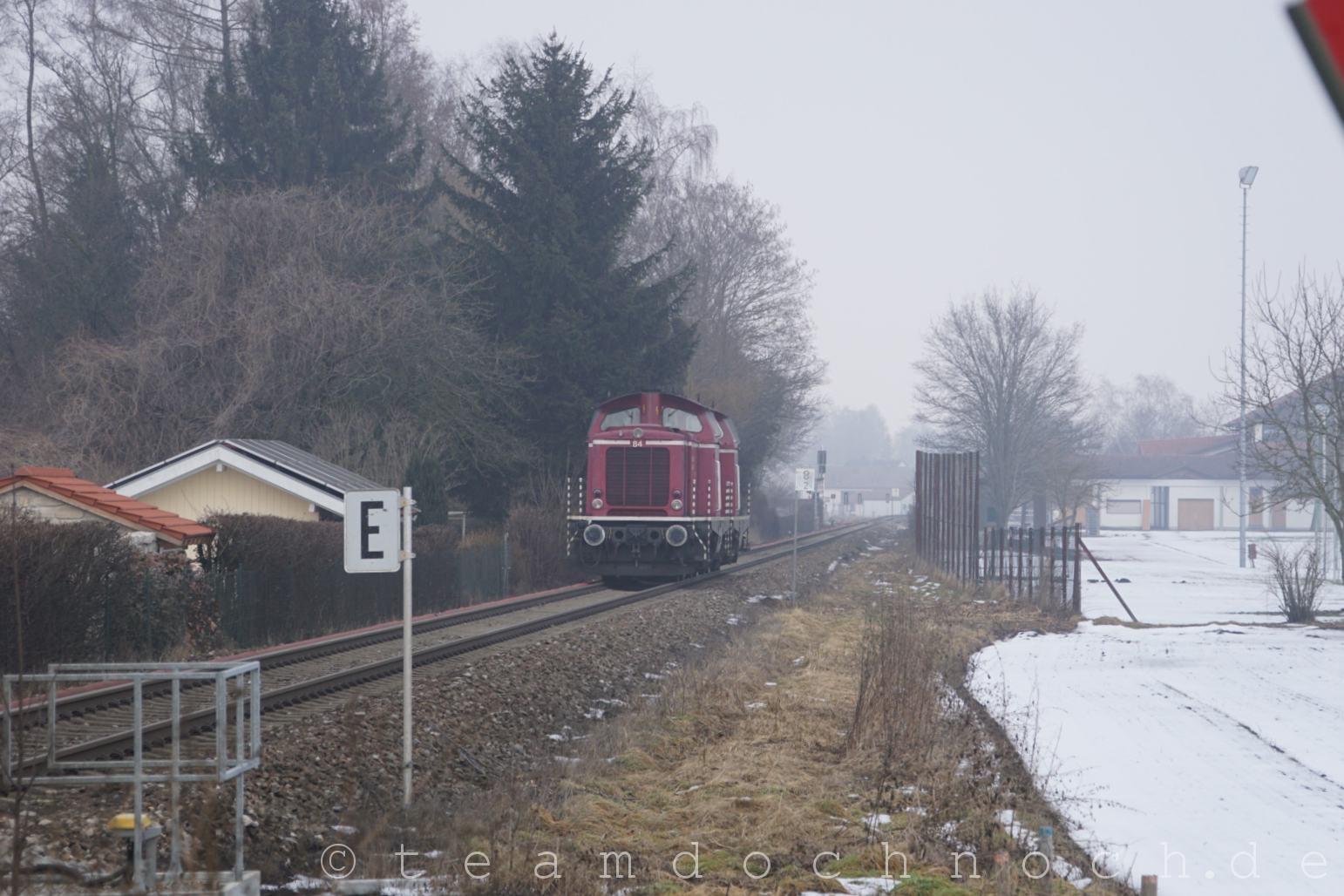 Salzburger Lokalbahn Nr. 84 und Nr. 83 bei Tüßling