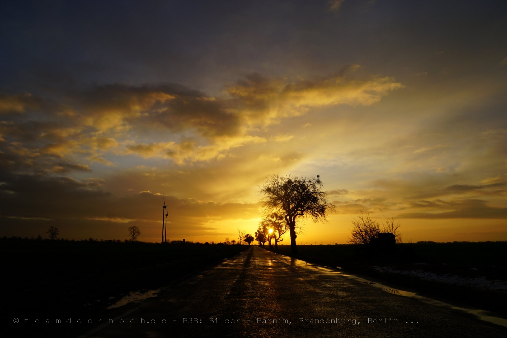 Sonnenaufgang zwischen Willmersdorf und Weesow