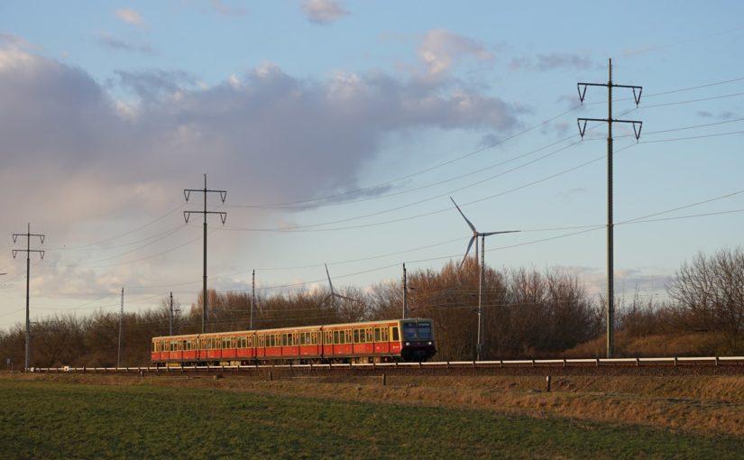 S8 nach Berlin Grünau kurz vor dem Karower Kreuz