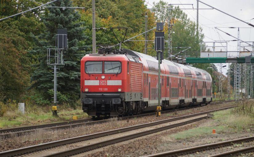 112 120 mit dem RE3 in Wilmersdorf