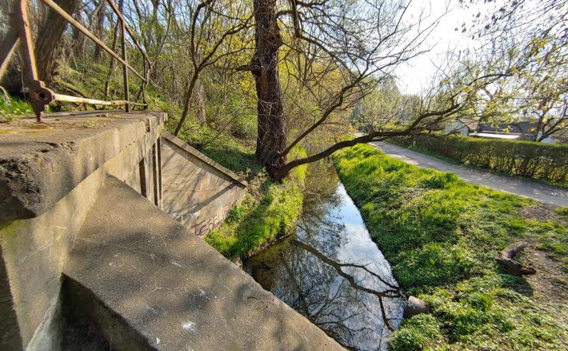 Durchlass des Fließgrabens in Pankow Heinersdorf