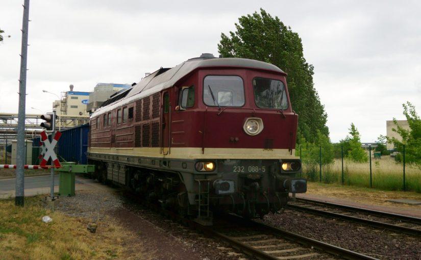 232 088-5 rangiert in Staßfurt