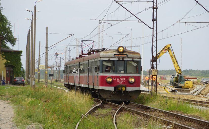 EN57-1266 ra verläßt Laski Lubuskie