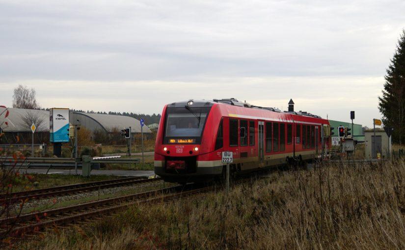 623 029 als RE4 nach Lübeck Hbf verläßt den Bahnhof Oertzenhof