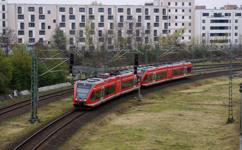 RE66 nach Szczecin Główny (RE 5800) im Gleisdreieck Gesundbrunnen