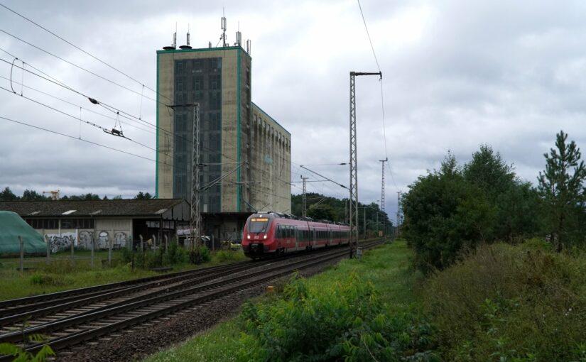 Eine Regionalbahn in Biesenthal